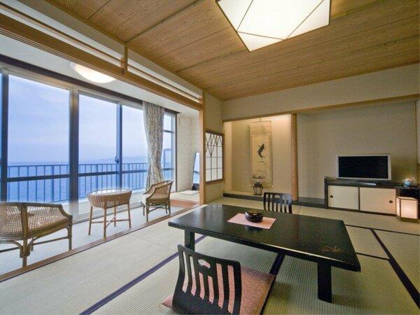 【和室10畳】海を眺める眺望が自慢のお部屋