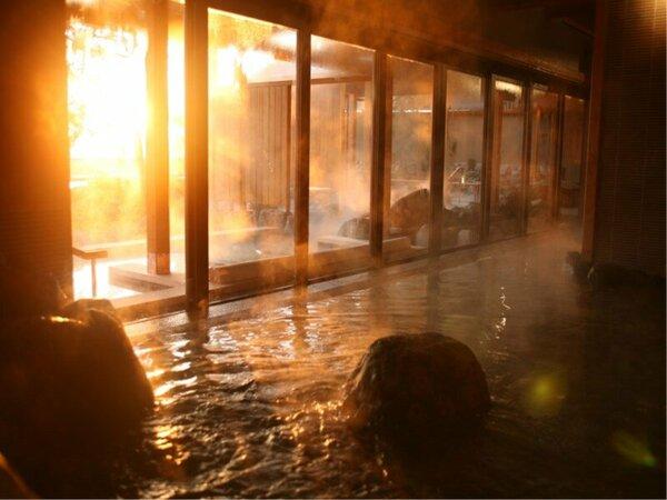 【くにうみの湯】国生み神話の情景をモチーフにした湯殿