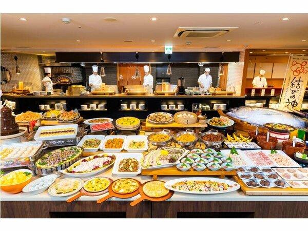 料理の一例(イメージ)夕食バイキングは出来立てを堪能できるライブキッチンが大好評!