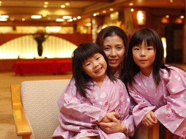 今日は家族皆で温泉旅館♪記念写真は大切な想い出☆