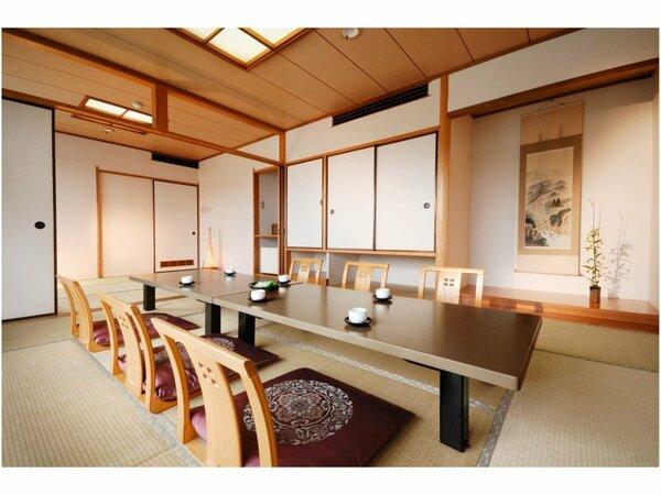 純和室のしつらいも清々しい落ち着きある16畳の和室