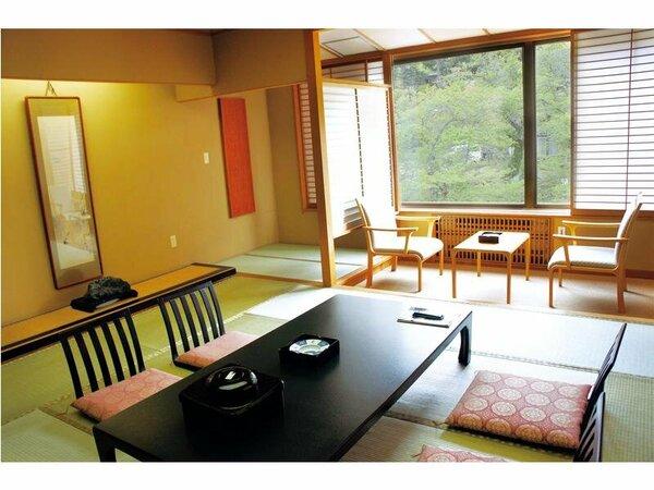 筑波山側和室