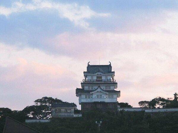 夕方の平戸城