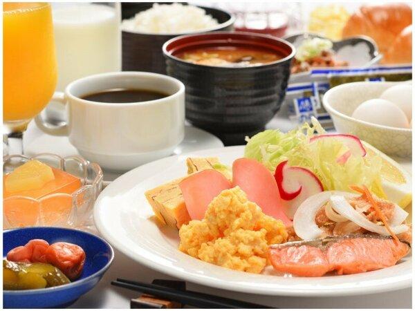 レストラン「松喜」の朝食は和洋食のバイキングです。(お日にちによりお膳の日も有)