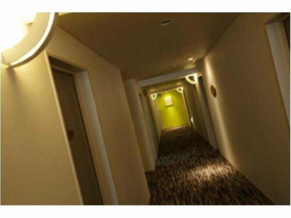 シティホテル並のゆったりとした客室を、お得な料金で。