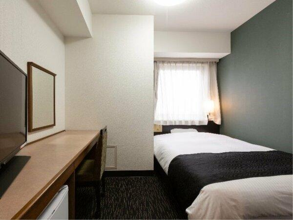 シングルルーム ベッド幅140cm
