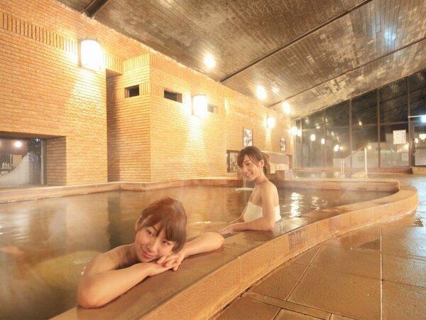 【大浴場】心身ともに癒されます。大浴場にはサウナ室もございますよ(15:00~22:00まで)