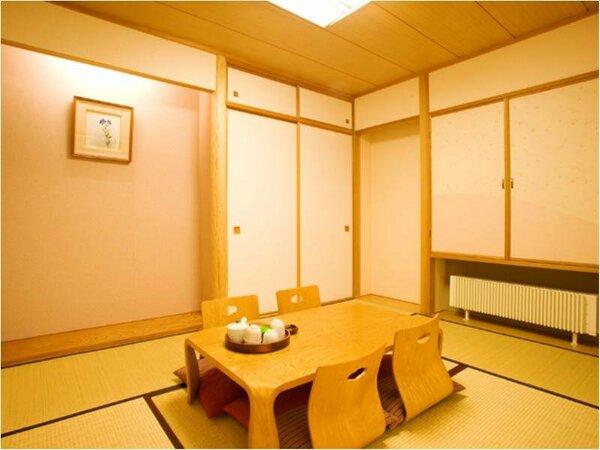 【モダン和洋室和洋室】6畳の和室は小さなお子様連れのお客様に大変好評です。