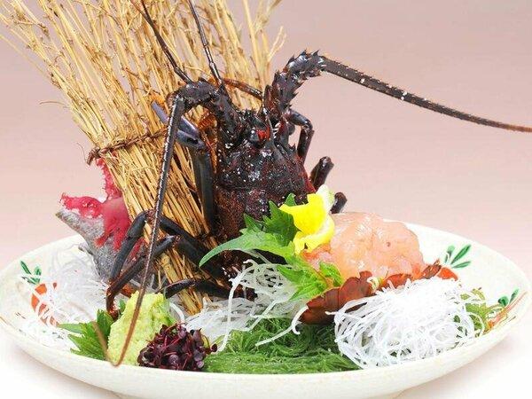 料理の一例(イメージ)特選料理:基本料理に加え、調理法を選べる伊勢海老料理付※写真は伊勢海老のお造り