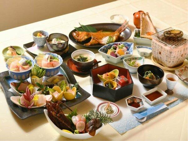 【磯会席】酒蒸し鮑の臥龍梅焼伊勢海老刺身金目鯛煮付け 三大グルメをの料理例(金目鯛は2~3人で1匹)