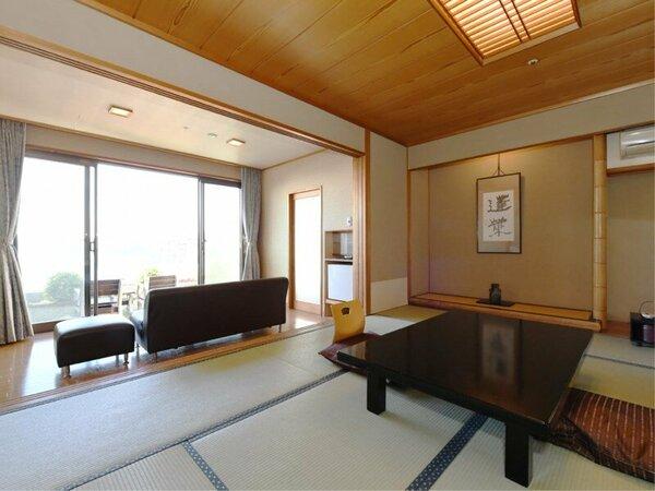 和室10畳の一例 目の前には多々戸浜が広がります
