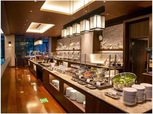 【朝食】安全・安心に配慮し、新しいスタイルでご提供している和洋ブッフェ