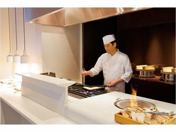 多彩なメニューが響き合う、おばんざいブッフェの朝食は素材にごだわっております。