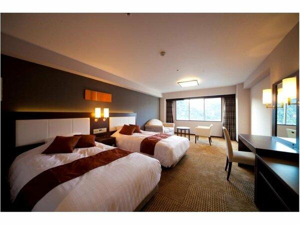 【グランデツインルーム】ゆったり広々とした空間でのリゾートタイムをお過ごし下さい。