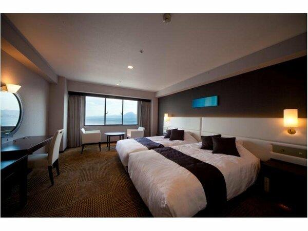 【スーペリアハリウッドツイン】最上の眠りを提供する「シモンズベッドを全室使用。