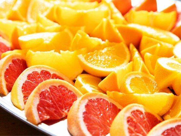 〈朝食バイキング〉爽やかな朝にぴったり♪新鮮なフルーツを召し上がれ!