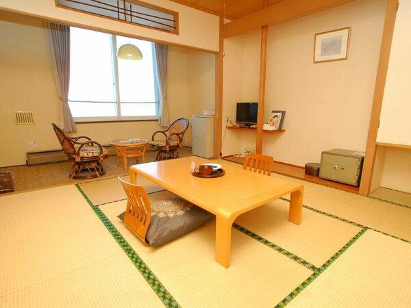*【別館 えぞむら咲(8畳)】別館は、最初に造られた建物です。リーズナブルなご宿泊に最適です!