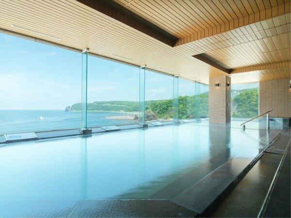 【大浴場】夏・緑かがやく知床の入浴