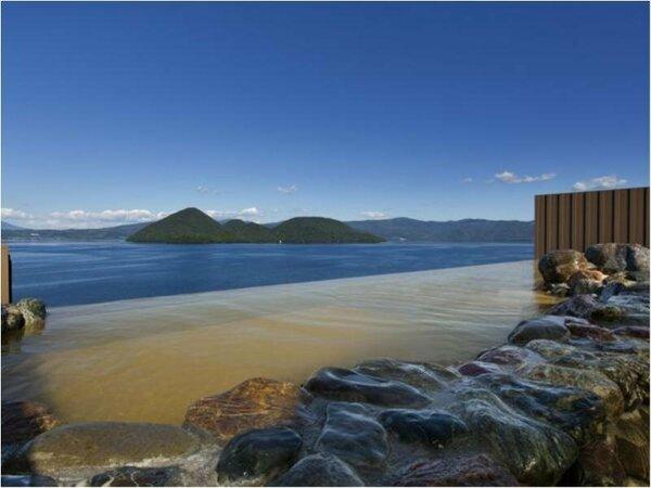 【天空露天風呂TENQOO】洞爺の自然を五感で感じることのできる場所。