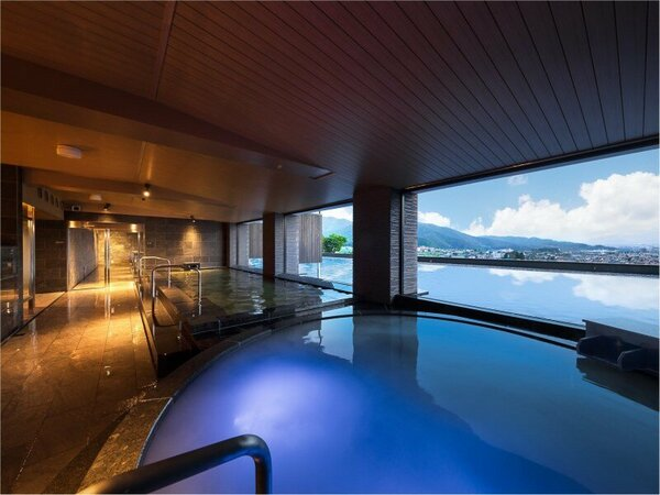 展望浴場「美しの湯」(朝景)