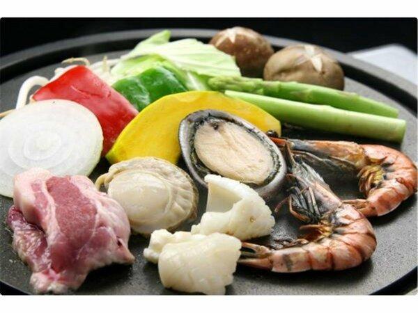 大島磯鉄板焼き(イメージ) 大島の磯の味を、鉄板焼きで召し上がっていただきます