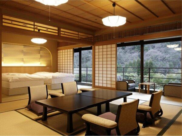 【桃山第】和室3間(ベッド付)/襖だけで仕切られた開放感のある間取り。