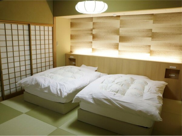 【聚楽第】和室2間(12+8畳)ベッド完備
