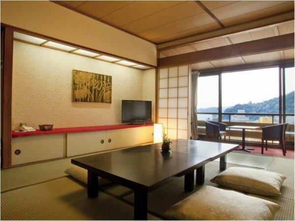 「湯の街館スタンダード和室」は熱海の街並みを望む「湯宿一番地」で一番利用されているお部屋です。