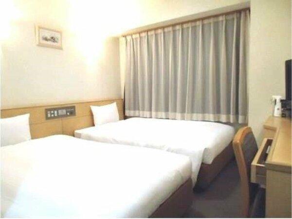 【ツインルーム】  お部屋15平米 ベッドサイズ:W120cm×L200cm