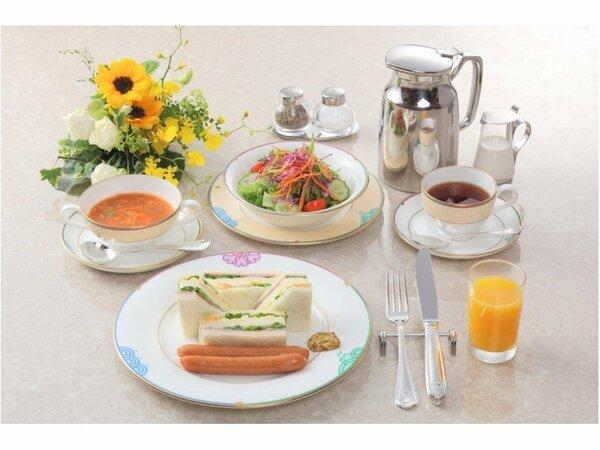 【朝食】モーニングサンドウィッチ:スープがついてさらに大満足のサンドウィッチセットです