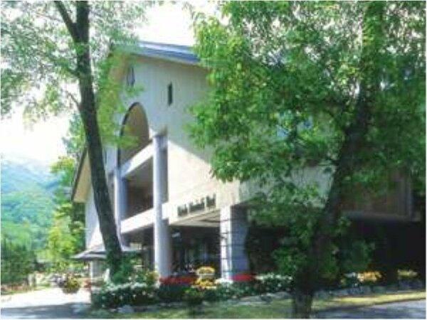 白馬山麓に佇むアルパインリゾート白馬樅の木ホテル