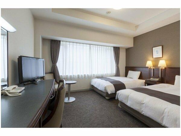 【ツインスタンダード】広さ22平米/ベッド幅123cm×2台