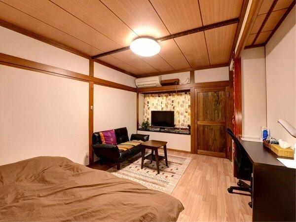 *【部屋一例】洋室(禁煙) 人気の和風モダンのお部屋。フローリング&ベッドで女性にも人気です。