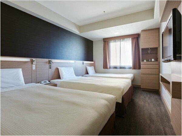 ツインC エキストラベッド追加で3名様宿泊可能です。