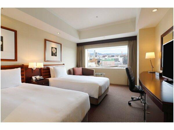 【ツインルーム】 25平米。ベッドサイズ100X200。未就学児のお子様添寝可能です。