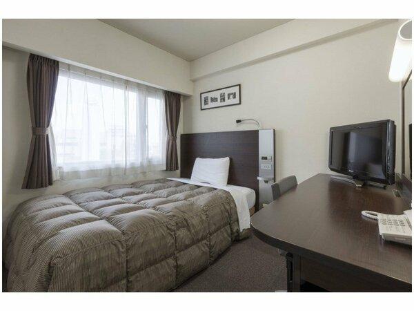 【ダブルエコノミー】広さ12平米/ベッド幅140cm