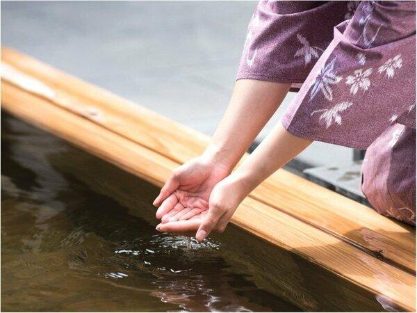 「日本三大美肌の湯」の一つに選ばれる嬉野温泉の湯。