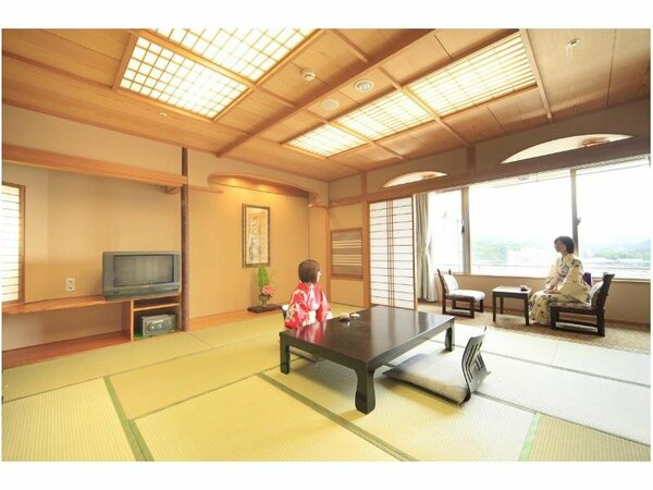 嬉野川に面した和室は、すべて12.5畳ととっても広々♪
