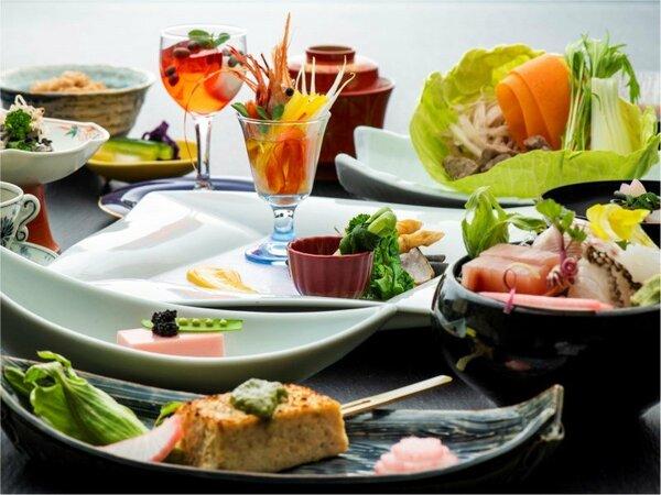 目で舌で、春を感じる品々を。「佐賀牛すじ鍋」がメインの四季懐石(3/5~5/31までの料理イメージ)