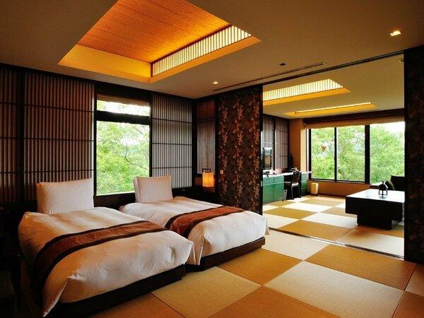パノラマビュースイート(100.8平米)・・・温泉眺望ひのき風呂(内風呂)+ベッドルーム+和室