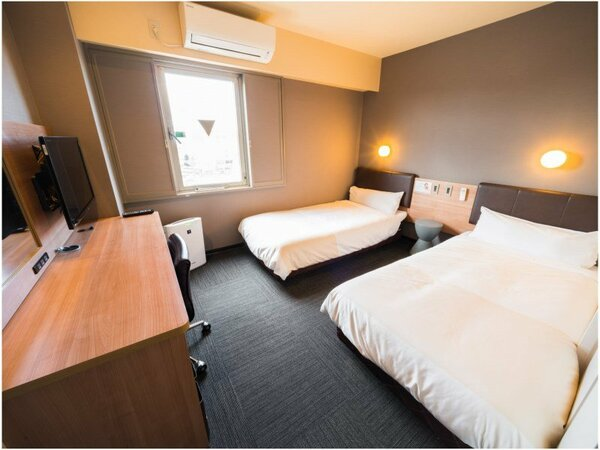 シングルベッド2つの当館で最も広いお部屋です♪
