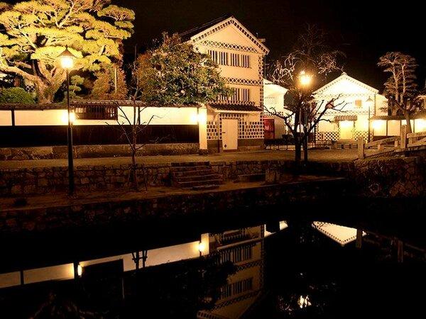 *【倉敷美観地区】夜の美観地区は暖かくライトアップされて昼間とは違った一面を見せてくれます。