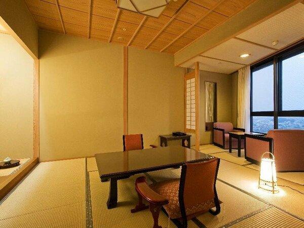 【和室8帖】手狭なお部屋ですが数奇屋風の落ち着いたしつらいの和室(一例)