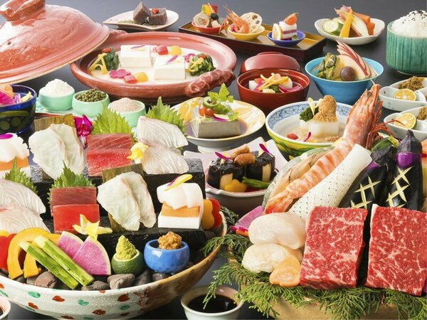 """【レストラン食‐基本会席】名物「宝楽焼き」に加え、""""ここでしか出逢えない""""逸品をお楽しみいただけます"""