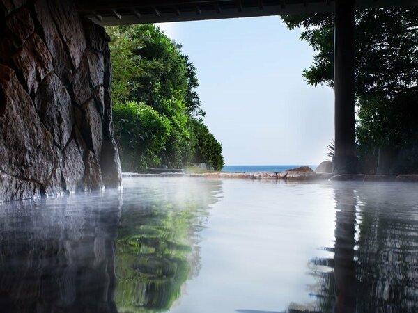 鳴門天然温泉 露天風呂