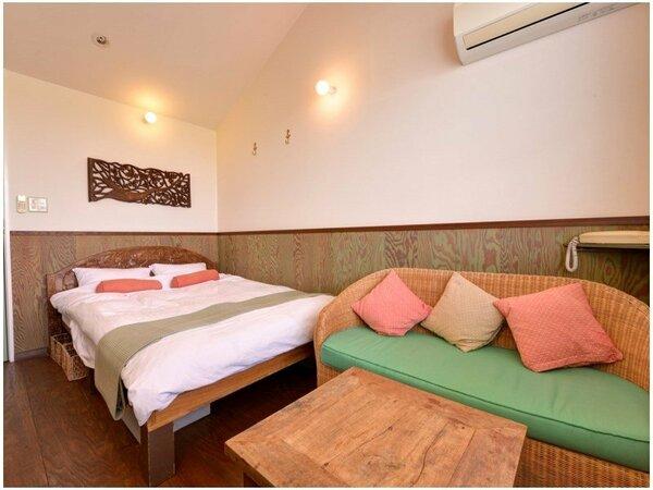 *ダブル(202)/アルファージェルのダブルベッドで最高の寝心地を。ごゆっくりお寛ぎ下さい。