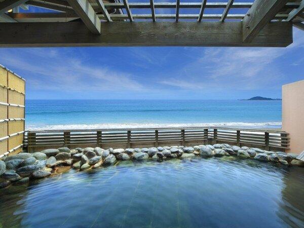 貸切露天風呂からの眺めはもちろん「海」!太平洋の絶景とともに温泉をお楽しみください☆