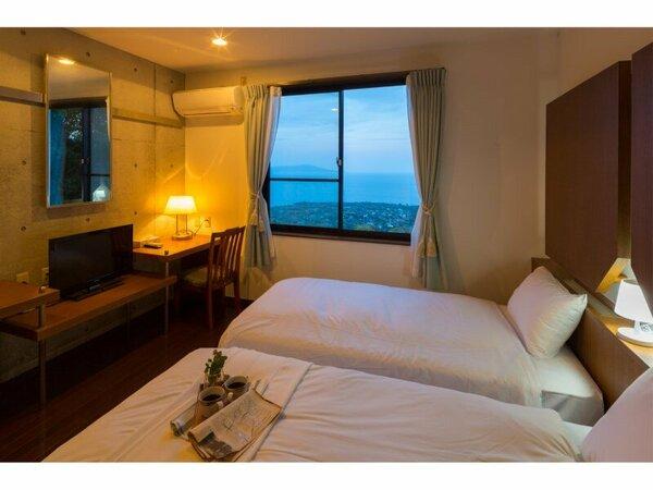 海の見える寝室