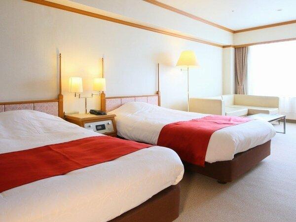 ベッドルームの隣には、和室があり、グループ、ご家族でゆったりと過ごせます