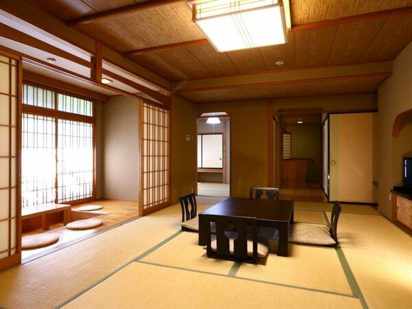 ◇【二間客室】襖仕切りの二間続きの和室(12+6畳/8+6畳)。襖で仕切られた、二間続きの和室です。